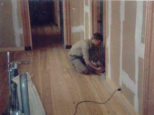 Afhøvling af gamle gulve